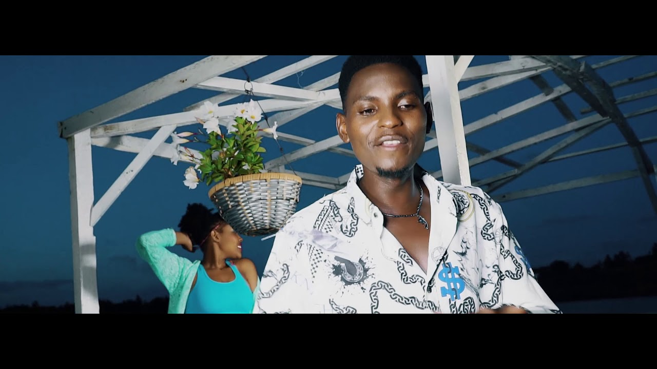Download Dakee ft Bear Beatz - Uzuri Wako (official video)