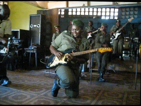 Les Amazones de Guinée - Live at La Paillote - YouTubeLes Ondes De Guinee