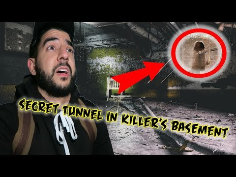 (FOUND ME AND ALMOST GOT ME!) Stuck in Slender Man's Basement