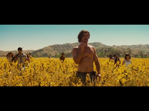 Chris Hemsworth Hippie Scene From Bad Times At The El Royale