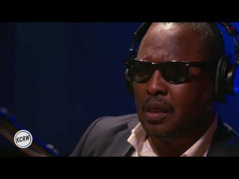 """Amadou & Mariam performing """"Filaou Bessame"""" Live on KCRW"""