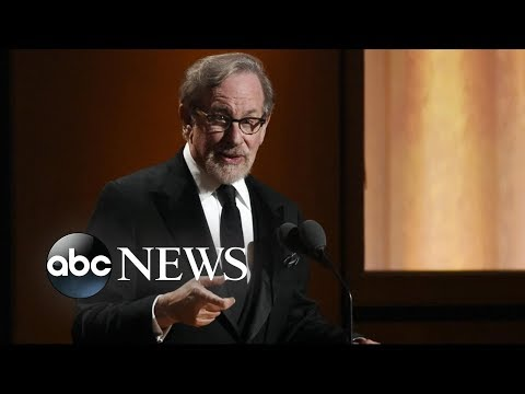 Steven Spielberg takes on streaming services l GMA