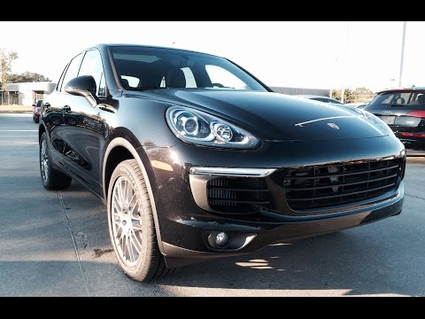 2015/2016 Porsche Cayenne S Full Review /Exhaust /Start Up