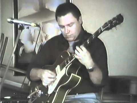 Danny Gatton Plays Besame Mucho.wmv