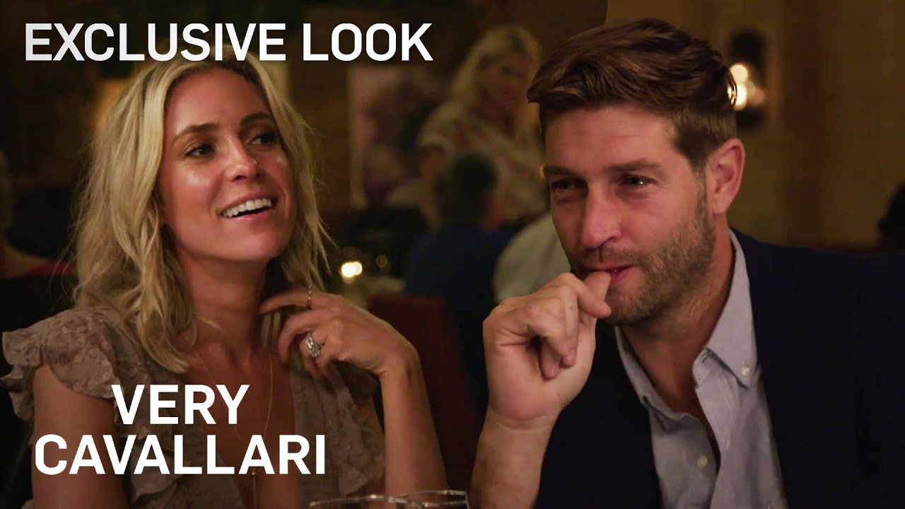 Kristin Cavallari & Jay Cutler Banter Over a Romantic Dinner | Very Cavallari