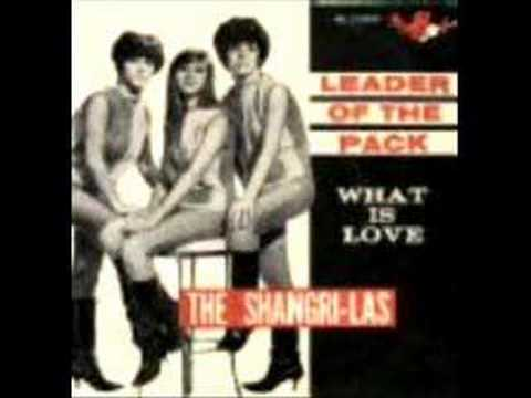 Shangri-Las - Out In The Streets w/ LYRICS