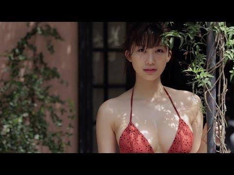 小倉優香、魅惑のアルゼンチンロケで撮り下ろした写真の一部を大公開!