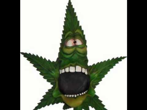 (-: Quiero Fumar Marihuana :-)
