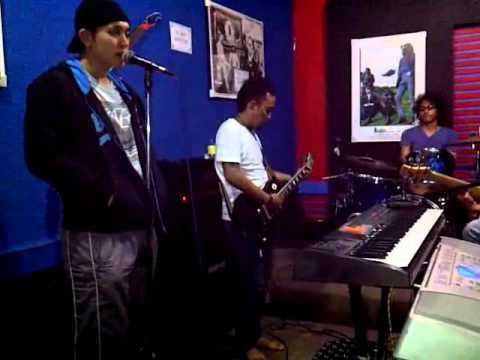 Gilang Dirgahari - Kekasih ( first single ) on rehearsal