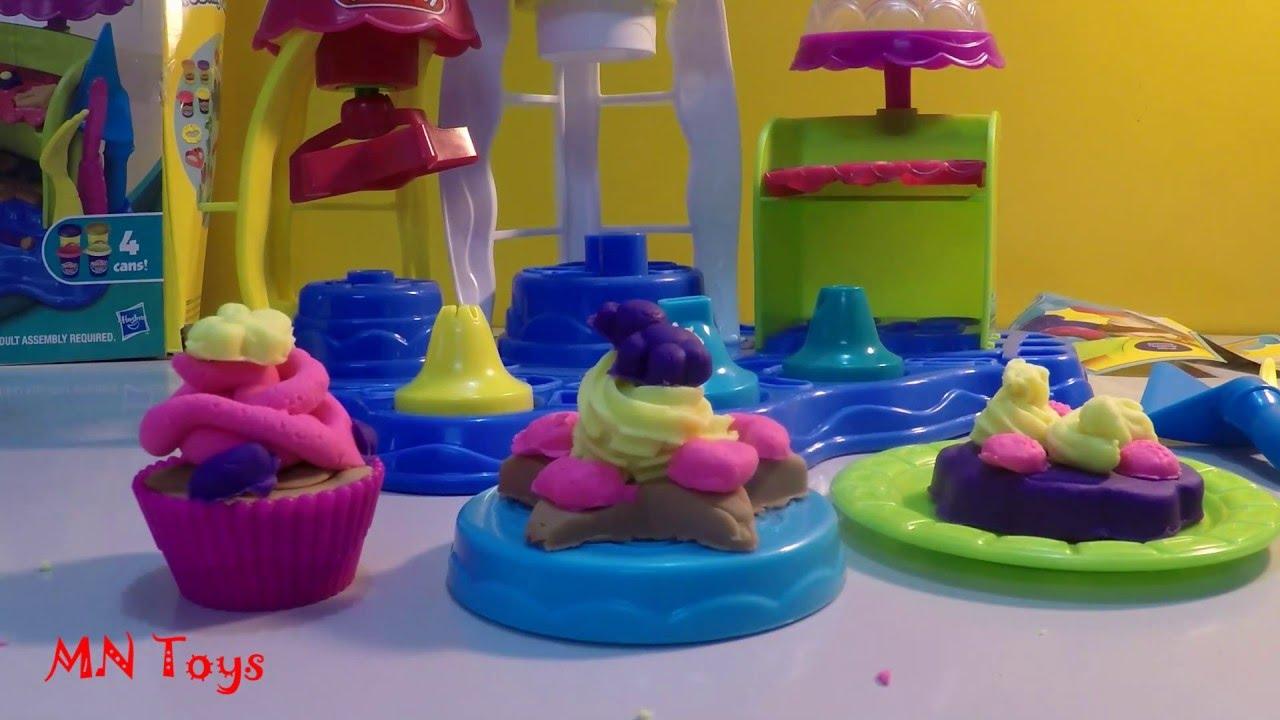 Video đồ chơi làm bánh kem hình ngôi sao bằng đất nặn Play Doh Plus Sweet Shoppe Playset