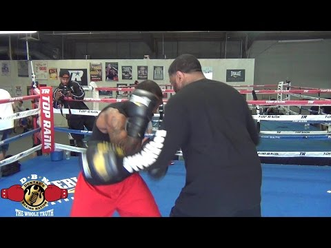 PROSPECT STEVEN NELSON (WHO SPARS WITH WARD) BREAKS DOWN WARD-KOVALEV & TALKS KOVALEV-CHILEMBA