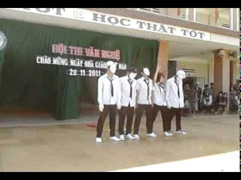 Lớp 11A3 THPT Lê Duẩn BMT 2011-2012
