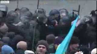 Clashes at Ukraine rally over EU agreement delay