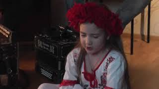 Варя Яцевич -Это надо  слушать и  смотреть - Варе 6 лет - Священная война