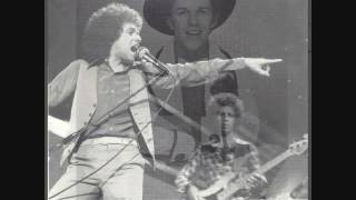 Watch Leo Sayer Another Year video