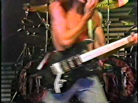 RATT - NOBODY RIDES FOR FREE-LIVE