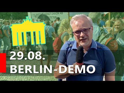 Bundestagsabgeordneter kommentiert Demo live!