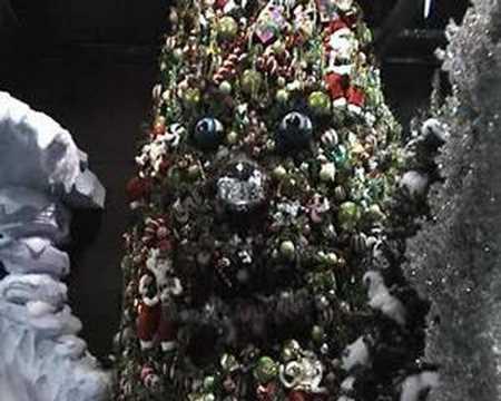 youtube premium - Animatronic Christmas Decorations