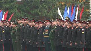 75 лет назад в Москве появилось легендарное Суворовское военное училище.