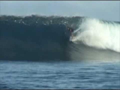 Caroline Island SurfTrip 1 Surfing