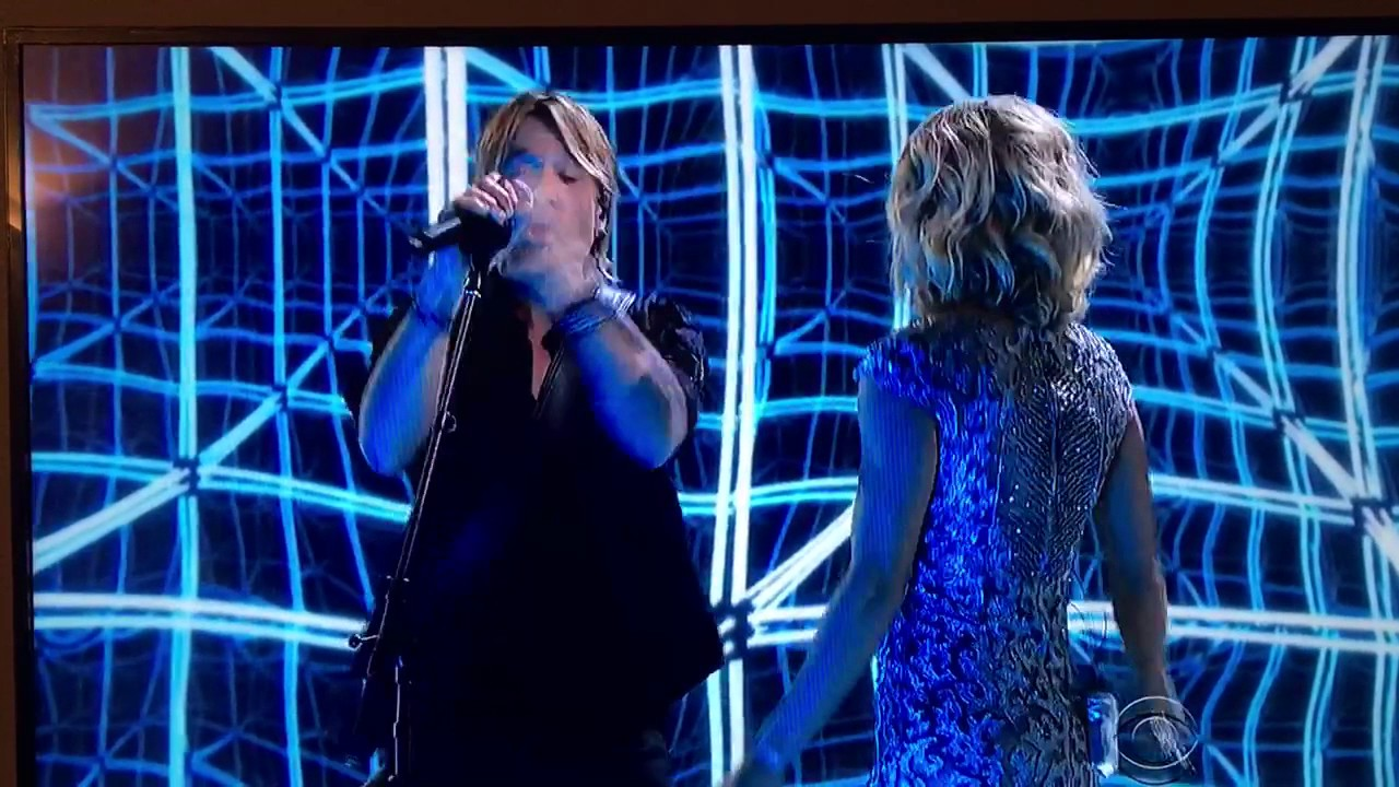 Keith urban and carrie underwood duet at grammys 2017 for Carrie underwood and keith urban duet