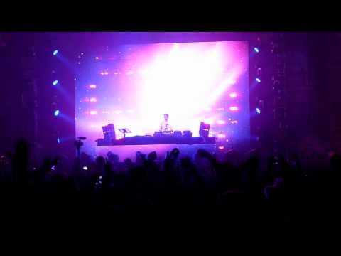 Calvin Harris  Dirty Talk Laidback Luke Remix @ Beyond Wonderland 2011