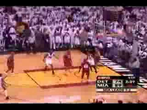 Antoine Walker 3 Pointer and Shimmy