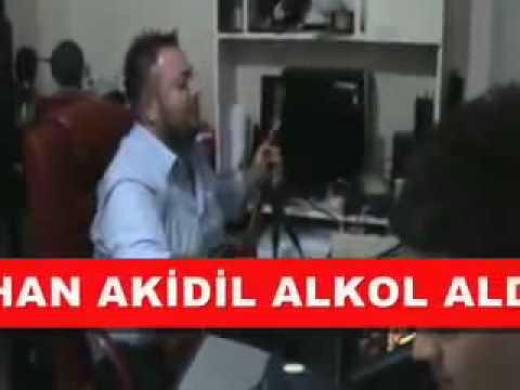 Hüseyin Kağıt - Alkol Aldım Sallanıyorum 2011 (Canlı Performans) - YouTube.FLV