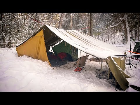 Winter Camping in a VINTAGE WAXED CANVAS TENT from the 1980'