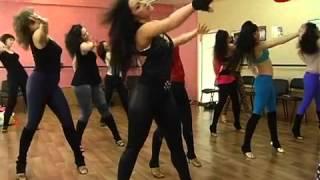 Стрип-пластика, школа танцев