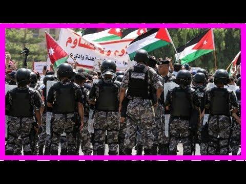 Breaking News   Jordanians Protest U.S. Jerusalem Move Outside American Embassy in Amman