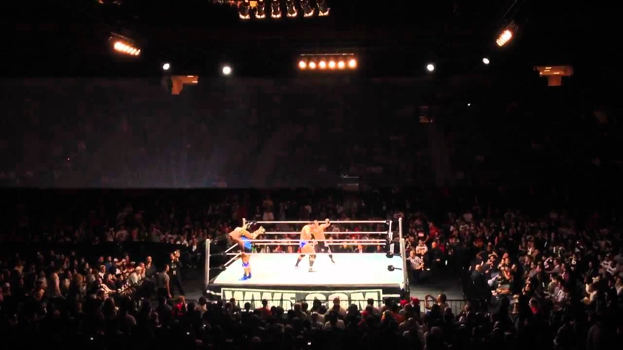 Amazing WWE LIVE EVENT MADISON SQUARE GARDEN 12/27/2011