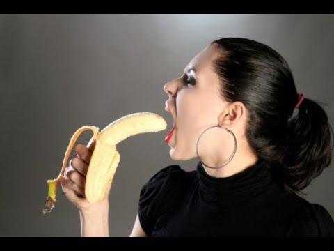 Смотреть онлайн глотание спермы большими губами — photo 4