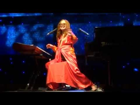 Tori Amos - Hey Jupiter - Vienna 2014 FULL HD