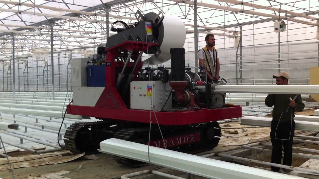 Mrm 600 Greenhouse Gutter Machine Youtube