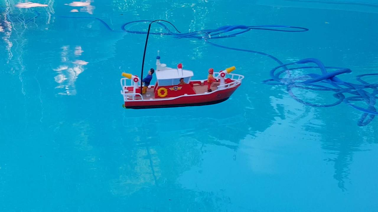 sam le pompier bateau radiocommande telecommande titan fireman sam boat feuerwehrmann boot titan. Black Bedroom Furniture Sets. Home Design Ideas
