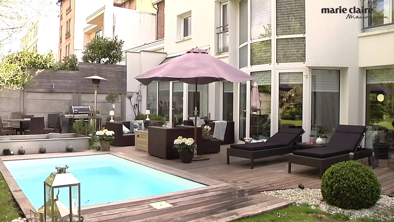 Une petite piscine en ville youtube for Piscine virginie dedieu