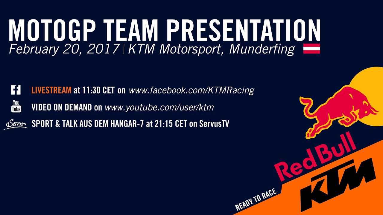 Business conference presentation with team training flipchart.