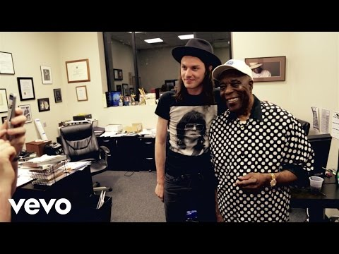 James Bay - James Meets Buddy Guy (Vevo LIFT)