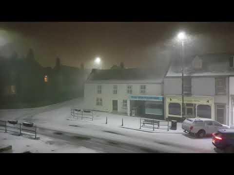 Heavy Snow / Blizzard Conditions - Newbiggin by the Sea - Northumberland (UHD)