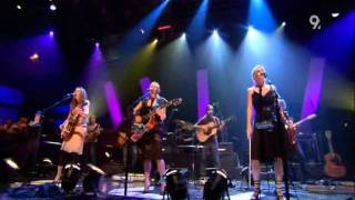 Dixie Chicks - The Long Way Around (Live Jools Holland 2006)