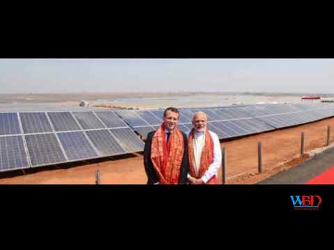 Emmanuel Macron Hugging India's PM Modi Is a Meme Now