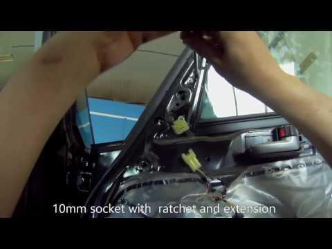Suzuki SX4(2006-2014) How to Replace a Car Door Mirror