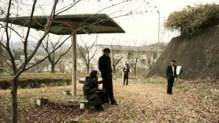 映画『BANANA』 【あらすじ】 三戸部が死んだ。 あの三戸部が死んだ。 ...
