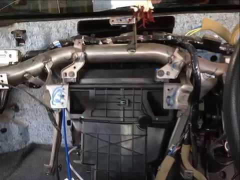 ถอดเปลี่ยนคอยล์เย็น รถยนต์นิสสัน ทีด้า  coil