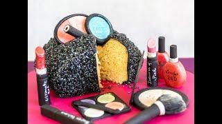 Anleitung Taschen-Torte: Make Up Täschen aus Kuchen