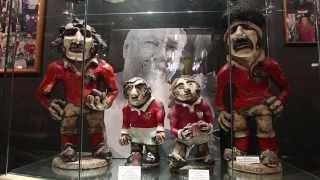 Sculptor celebrates half-century creating hilarious Groggs