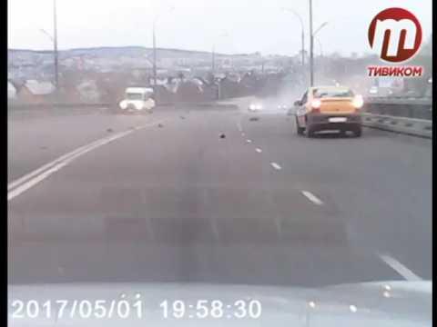 Мотоциклист разбился на мосту Улан Удэ