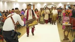 The DHOL Company: Grooms wedding entrance / Baraat