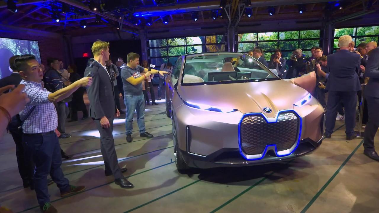 BMW Vision iNEXT at the 2018 LA Auto Show - Presentation ...